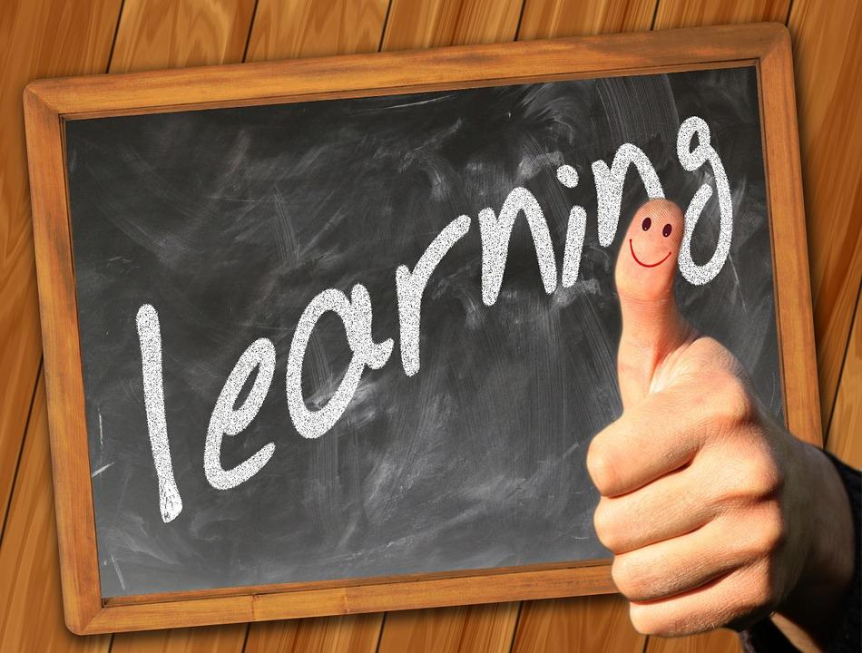 tavle med learning slogan
