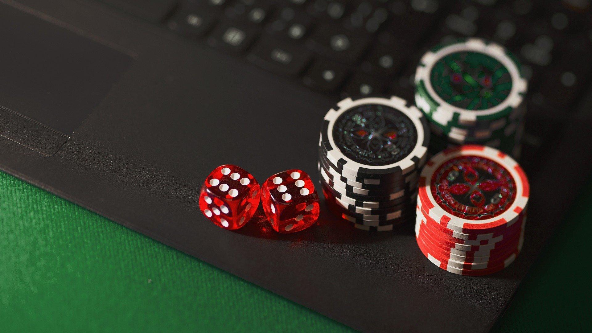 Sådan kommer du bedst i gang med online casino