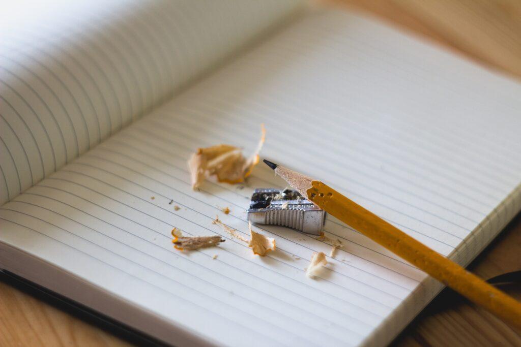 blyant og papir