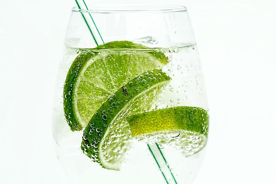 Gin på en sommeraften