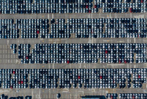 Fyldt parkeringsplads